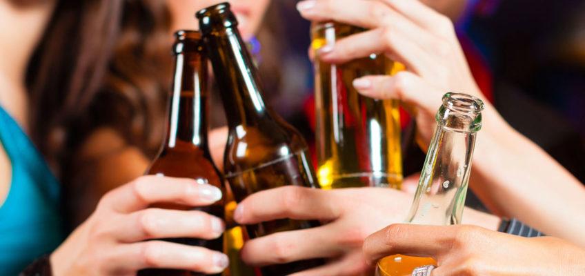 ALCOL, EFFETTI SULLA SALUTE PER UOMO E DONNA